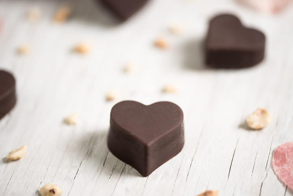 healthy hazelnut truffles, healthy chocolate recipe, homemade truffles